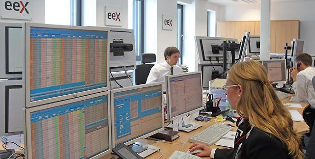 EEX-in-leipzig-werden-die-preise-ermittelt-foto-dpa