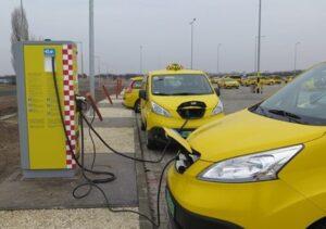 Csak elektromos taxikkal számol a főváros a jövőben | Greenport - ClimeNews