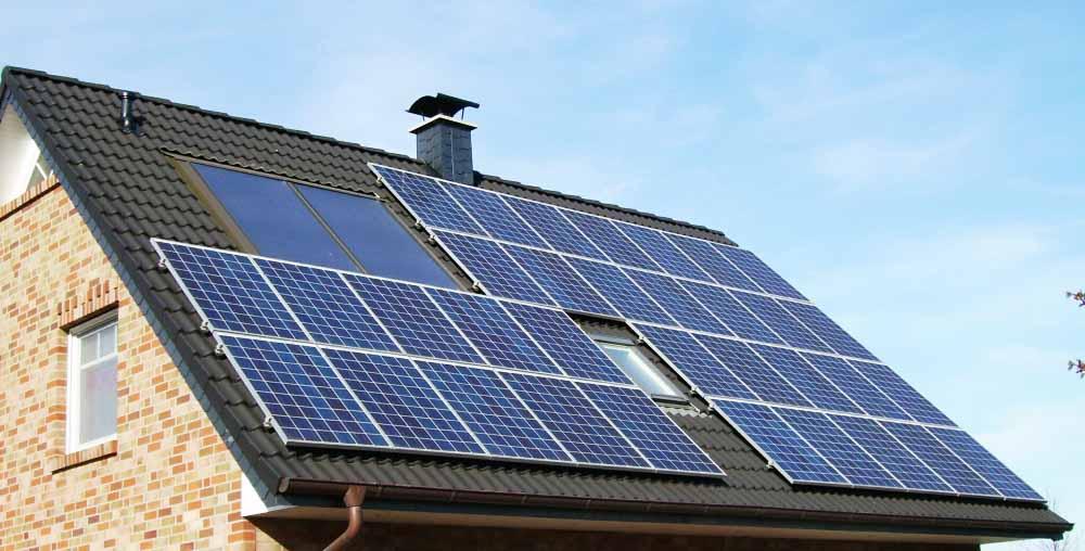 Kiszámolják helyettünk, megéri-e napelemet tenni a tetőre - ClimeNews - Hírportál